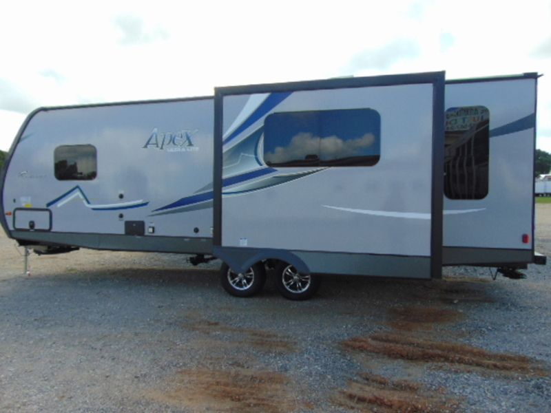 2017 Coachmen Apex Ultra-Lite 250RLS