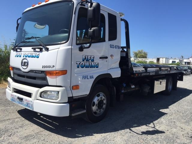 2012 Ud Trucks 2300lp  Wrecker Tow Truck