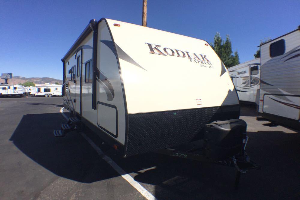2017 Kodiak 223RBSL