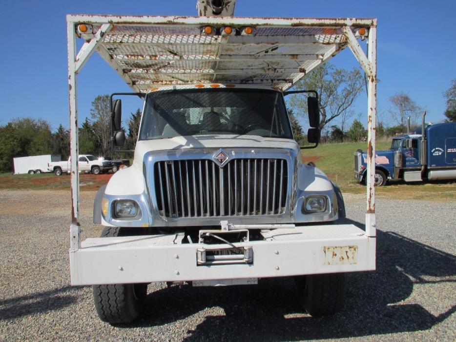 2003 International Workstar 7500 Bucket Truck - Boom Truck
