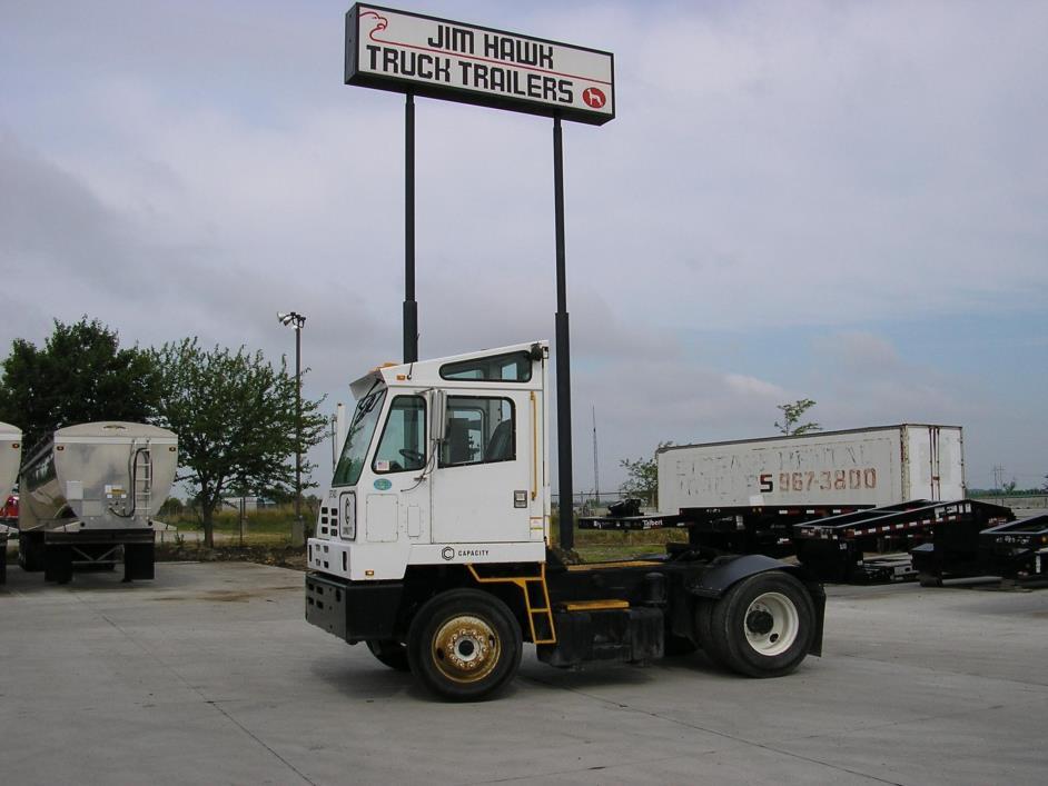 2008 Capacity Tj5000 Dot  Yard Spotter Truck