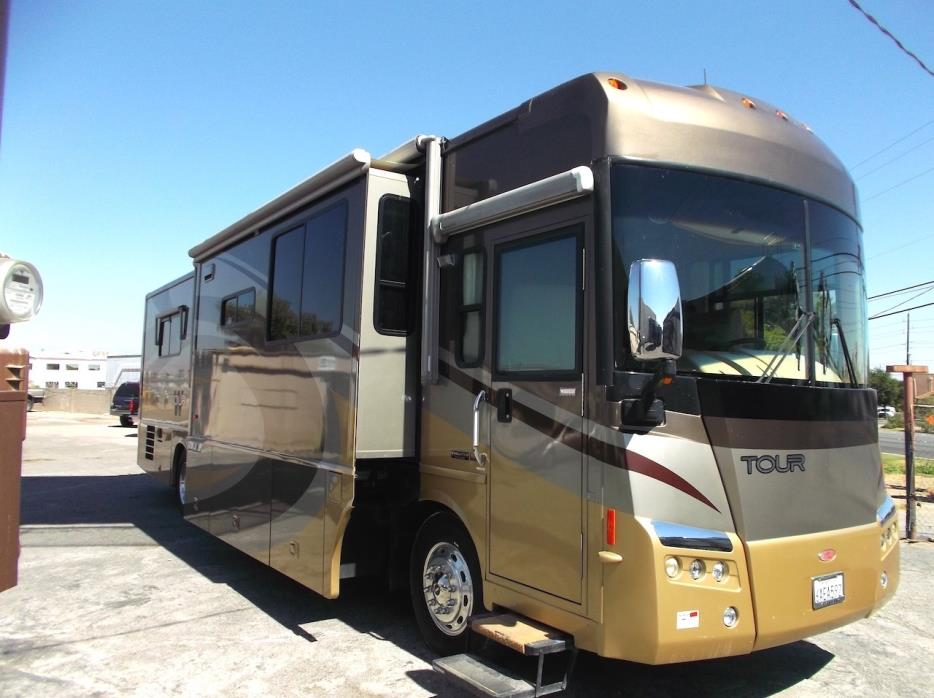 2007 Winnebago Tour 40KD
