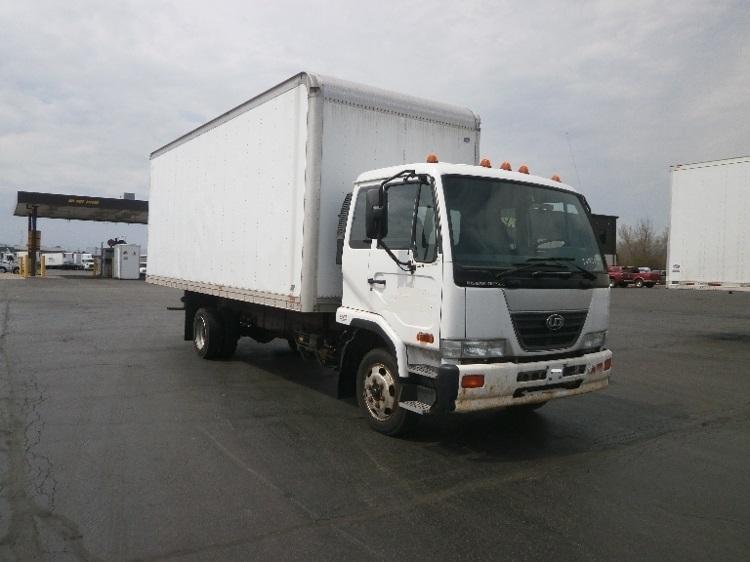 2010 Nissan Ud2000 Box Truck - Straight Truck