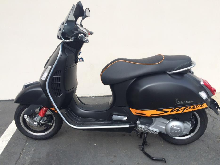 vespa gts 300 super motorcycles for sale in carlsbad. Black Bedroom Furniture Sets. Home Design Ideas