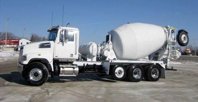 2015 Western Star 4700sf Mixer Truck