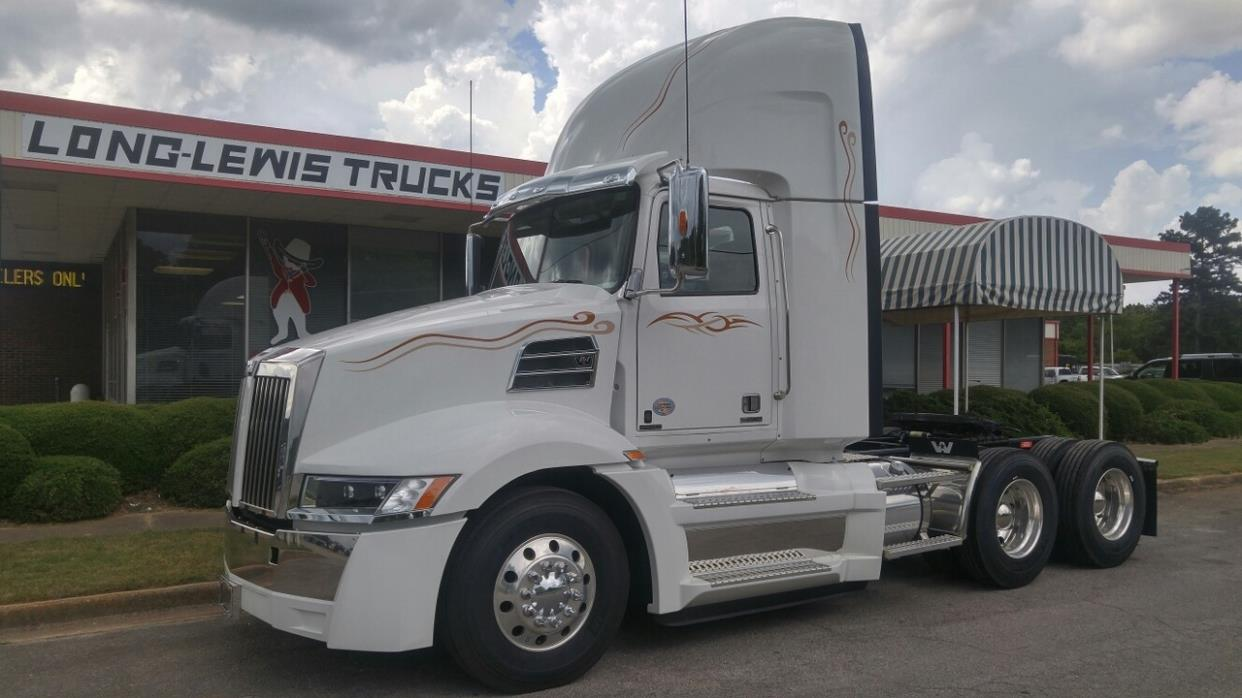 2016 Western Star 5700xe Cabover Truck - COE