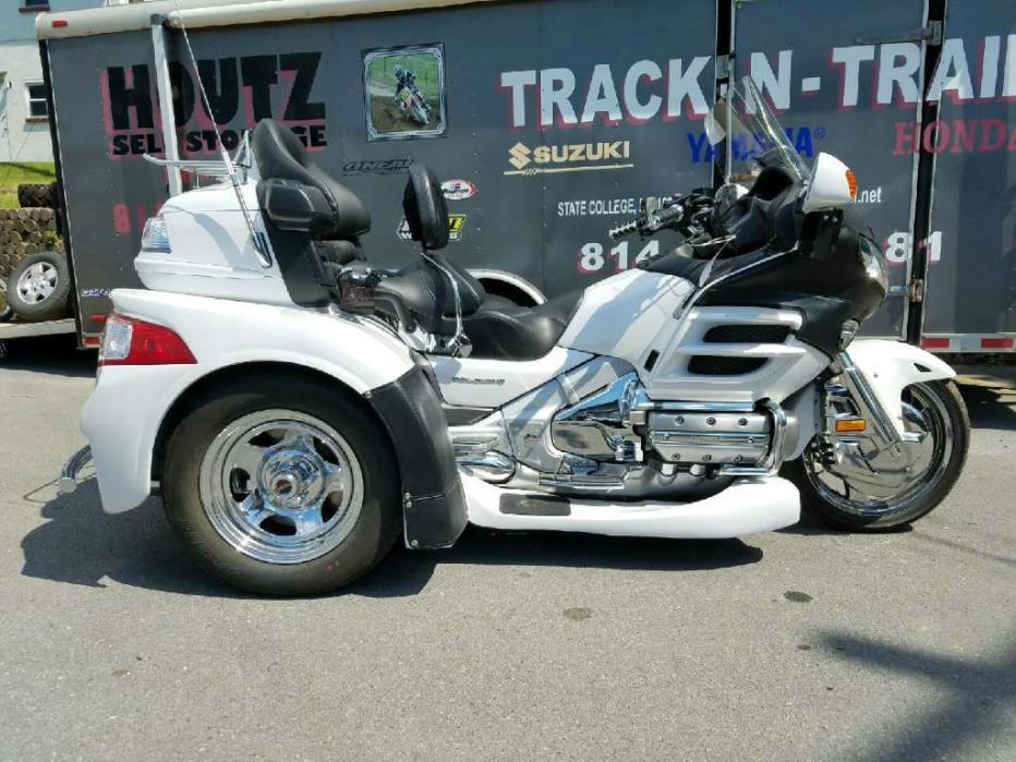 2002 Motor Trike Gold Wing Premium Audio