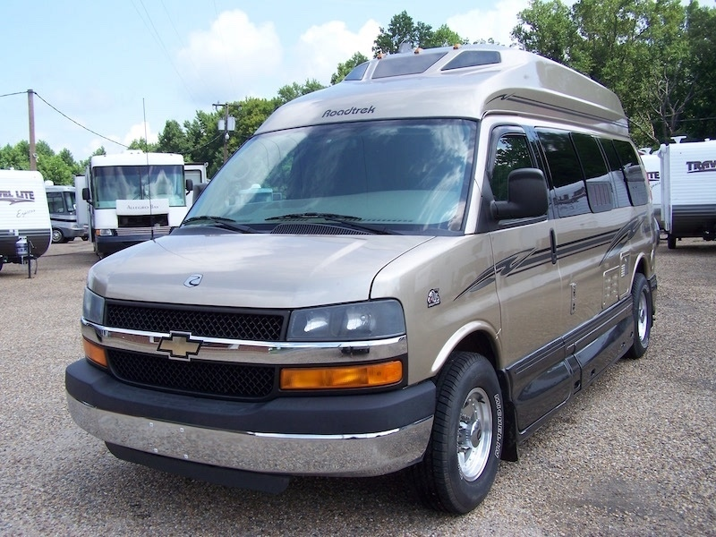 2010 Roadtrek 190 POPULAR