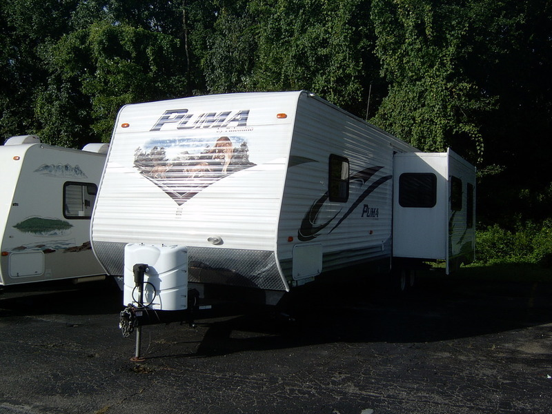 2011 Palomino Puma Travel Trailer 30-RKSS