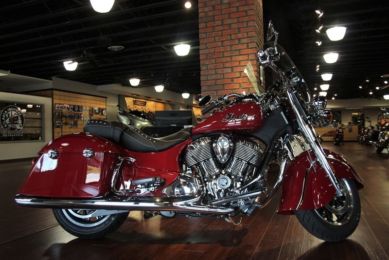 2016 Indian Chief Vintage Star Silver and Thunder Bl