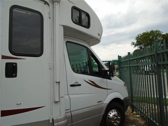 2013 Winnebago View 24M