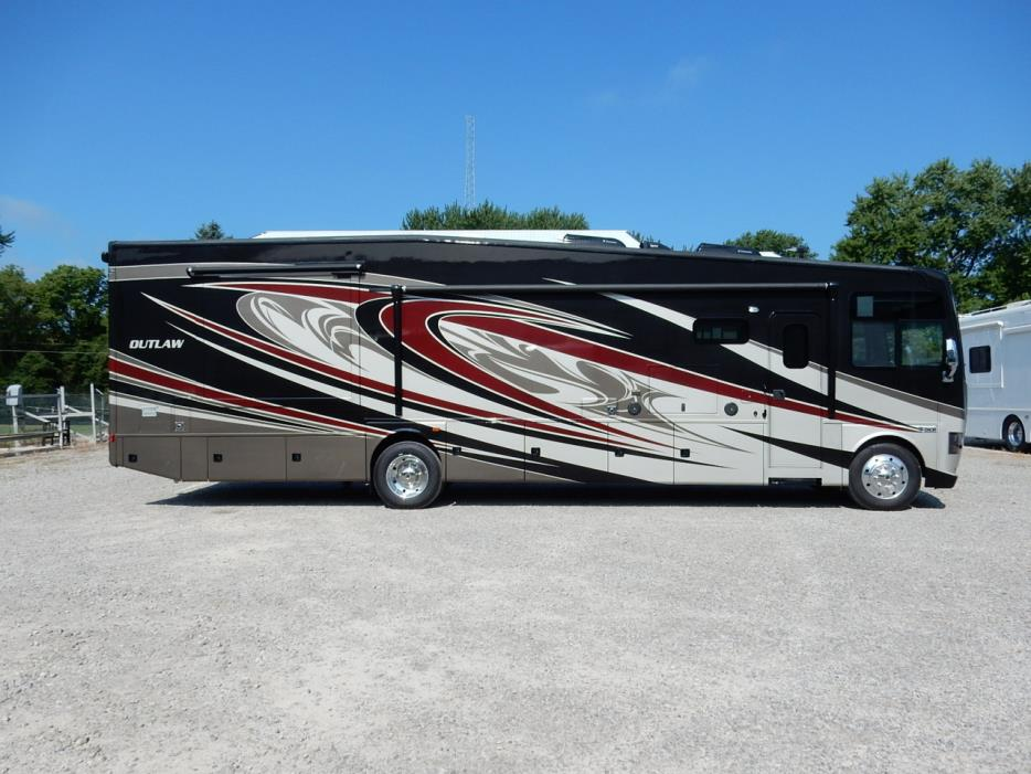 Thor motor coach outlaw 38re rvs for sale for Thor motor coach outlaw for sale