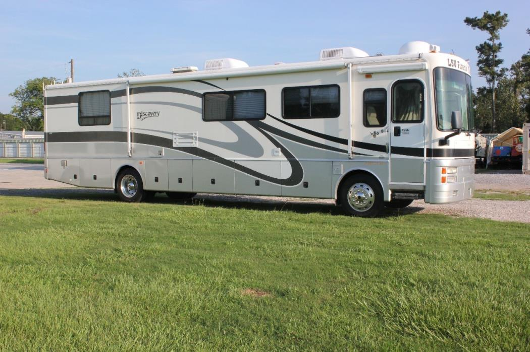 2002 Fleetwood Discovery 38D