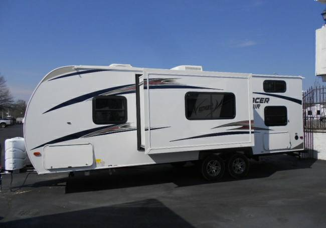 2014 Prime Time Tracer 240AIR