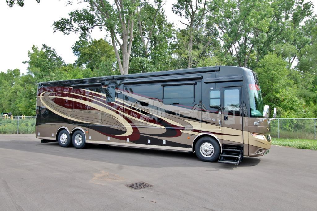 2017 Newmar London Aire 4519