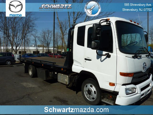 2012 Nissan Ud2000 Wrecker Tow Truck