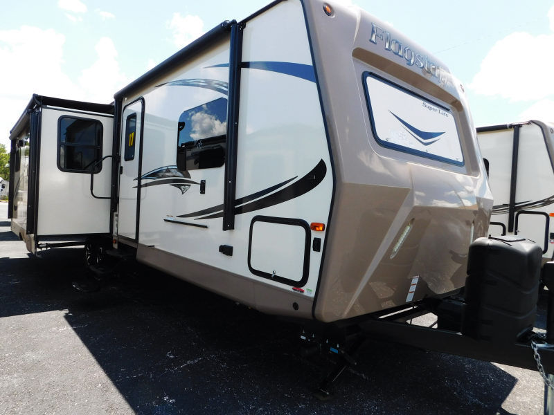 2017 Forest River FLAGSTAFF 29KSWS 3 SLIDES LARGE LIVING 2 AIRS NICE