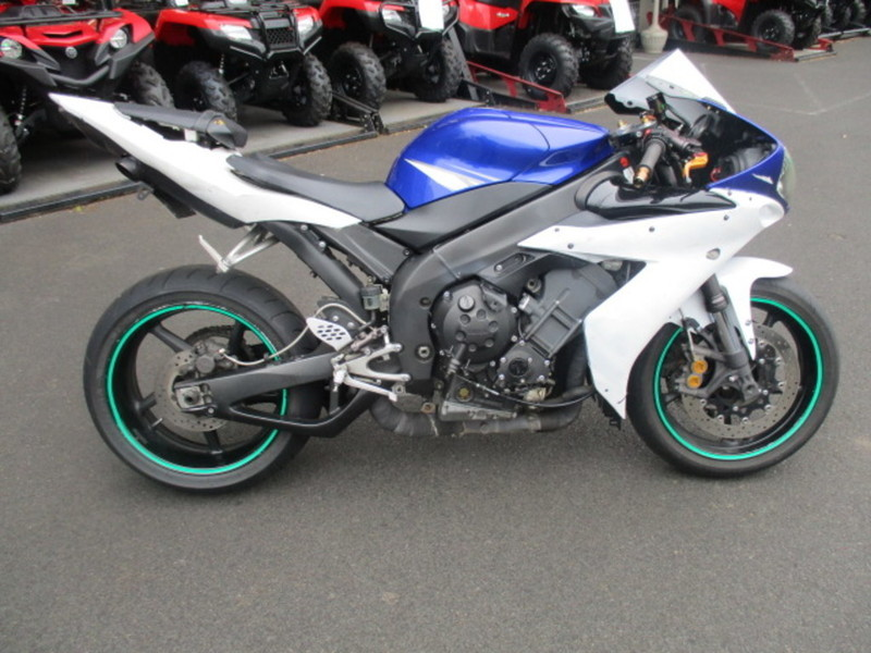 Sport bikes for sale in tigard oregon for Yamaha dealers in oregon