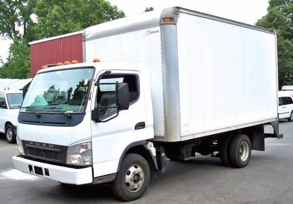 2006 Mitsubishi Fuso Box Truck - Straight Truck