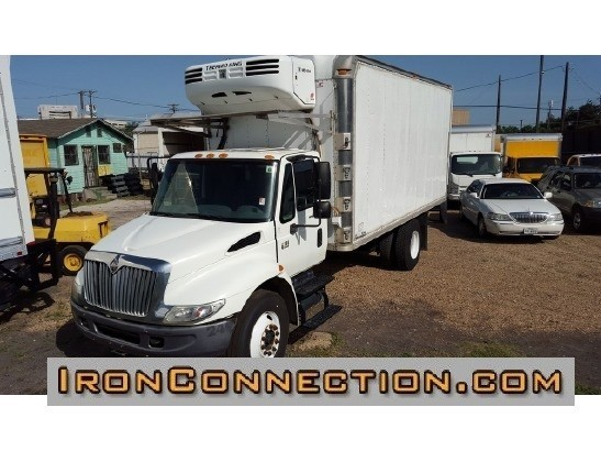 2007 International Durastar 4300  Refrigerated Truck