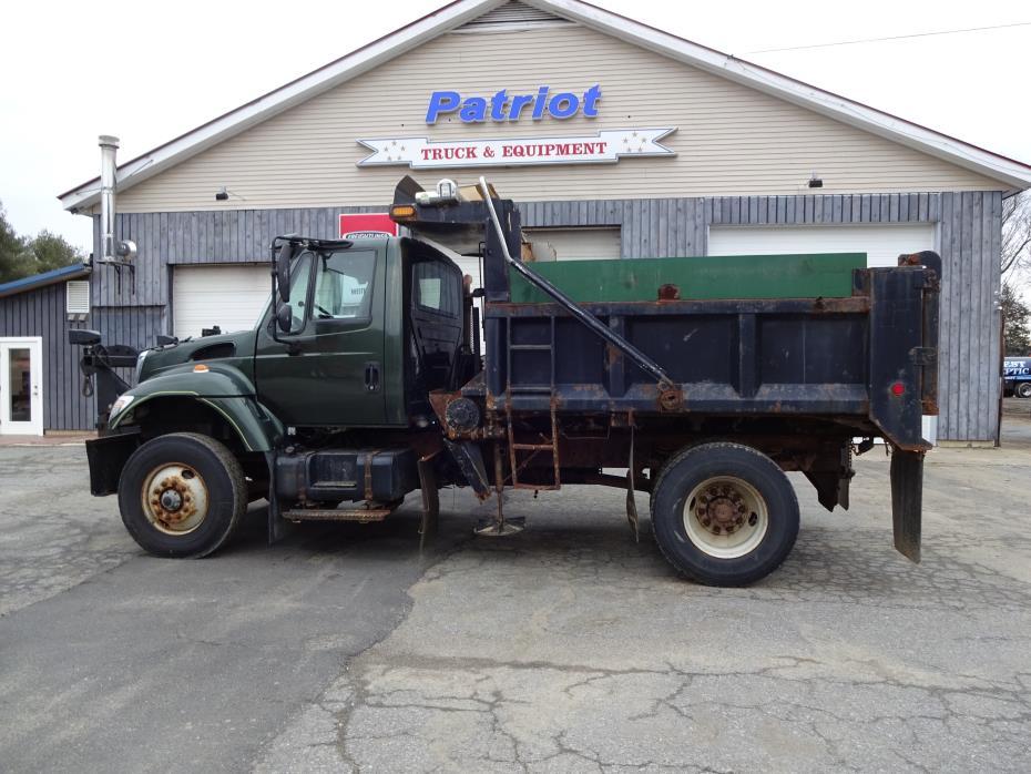 2005 International Workstar 7400  Plow Truck - Spreader Truck