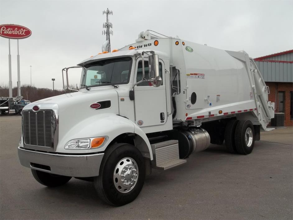 2017 Peterbilt 335  Garbage Truck