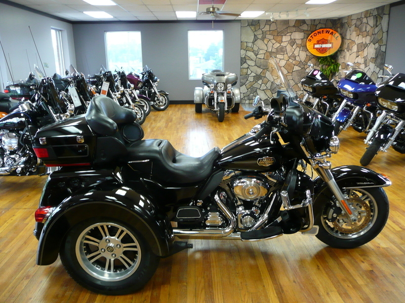 2016 Indian Roadmaster Steel Gray and Thunder Black