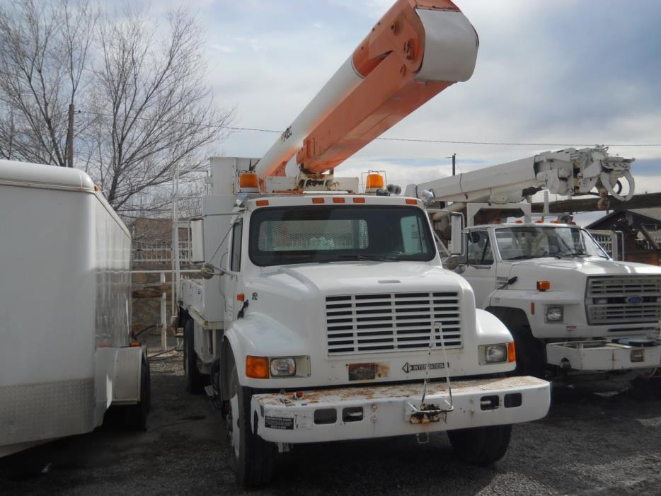 1990 International 4900  Bucket Truck - Boom Truck