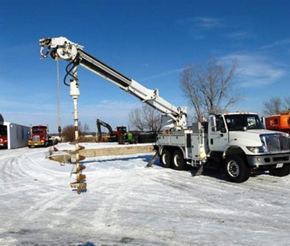 2002 International 7400 Digger Derrick