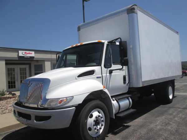 2010 International 4300  Box Truck - Straight Truck