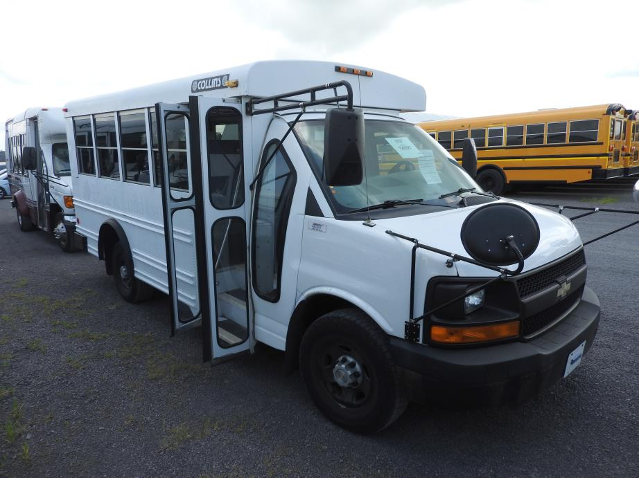 2006 Chevy Collins Bus