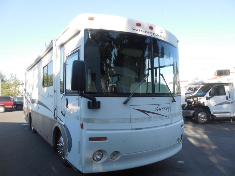 2001 Winnebago Journey 32T
