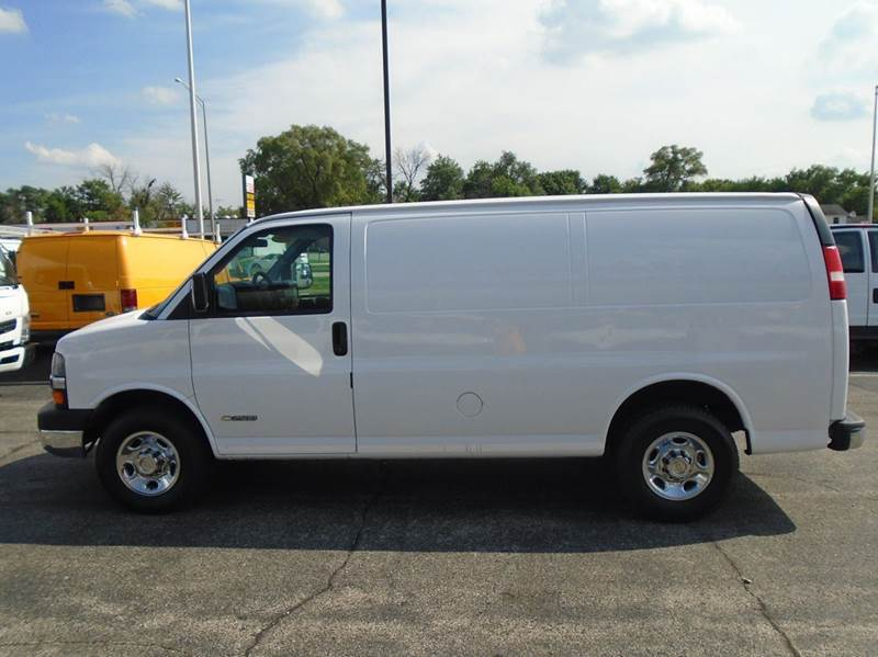 chevrolet express g2500 cargo cars for sale in illinois. Black Bedroom Furniture Sets. Home Design Ideas
