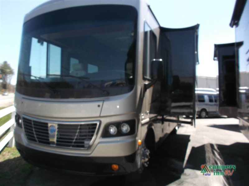 2016 Holiday Rambler Vacationer 33CT