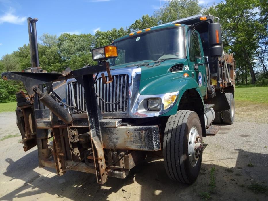 2006 International Workstar 7500  Plow Truck - Spreader Truck