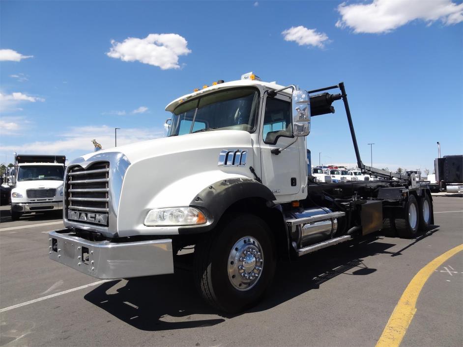 2009 Mack Granite Gu813 Garbage Truck