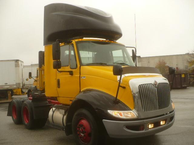 2012 International (used) 8600 Conventional - Day Cab