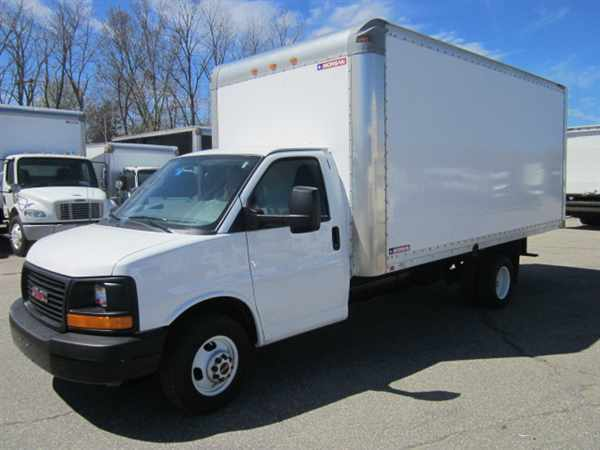 2014 Gmc Tg33903 Box Truck - Straight Truck