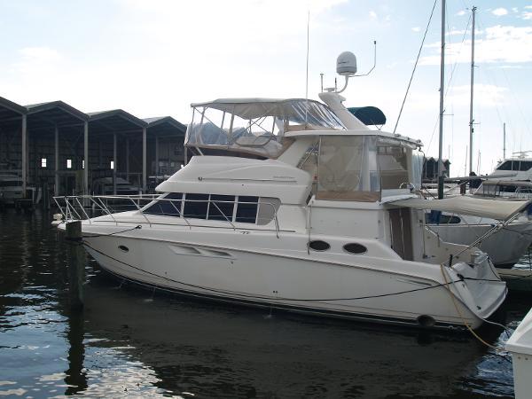 1999 Silverton 442 Cockpit Motor Yacht