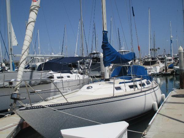 1985 Catalina 38