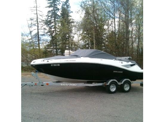 2011 Sea Doo 210 Challenger SE