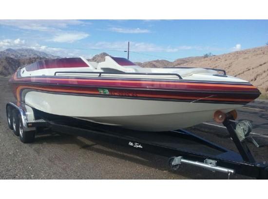 2002 Cole Boats 250 S WORLD CLASS