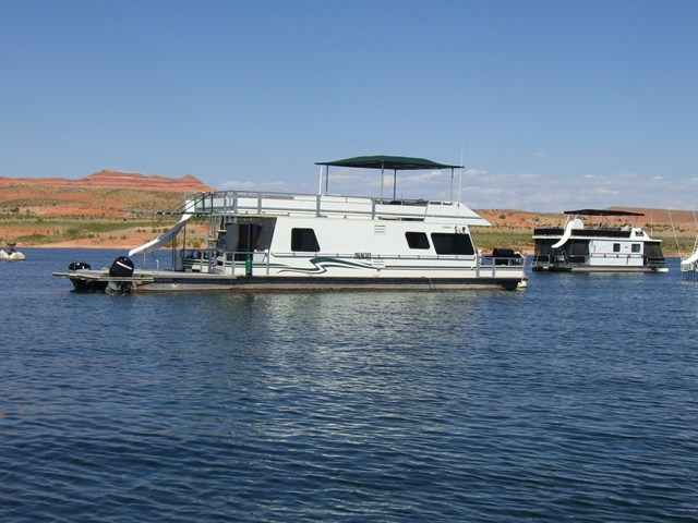 2001 Myacht Multi Owner Houseboat