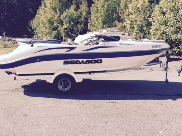 2001 Sea-Doo Challenger 2000 (240HP)