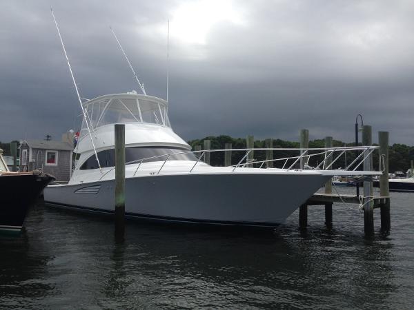 2017 Viking Yachts Convertible