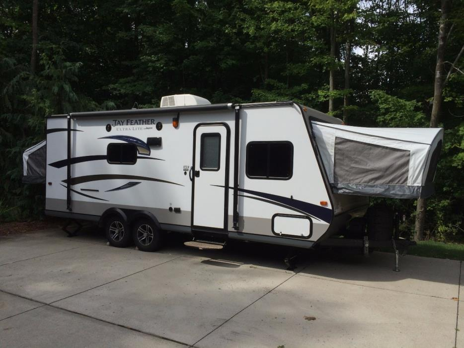 Luxury Jayco 23b Hybrid Trailer RVs For Sale