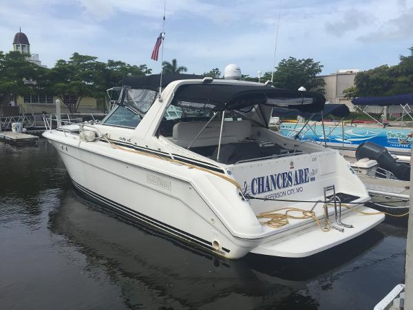 1993 Sea Ray 37 SUNDANCER
