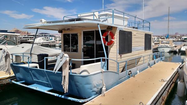 1980 Boatel Houseboat 35x13