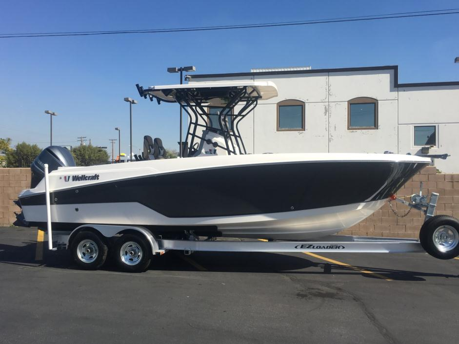 2016 Wellcraft 242 Fisherman