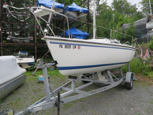 Catalina Capri 22 Wing Keel Boats for sale